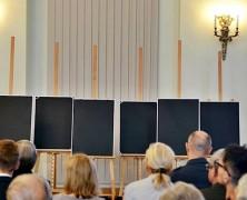 Uroczystość wręczenia not identyfikacyjnych w Warszawie